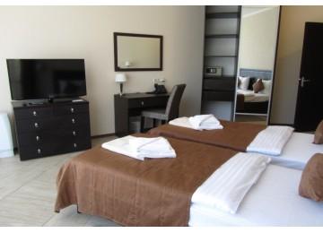 Люкс 2-местный  2-комнатный (вид на горы) | Бухта Мечты Ласпи