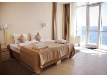 Апартамент президентский 6-местный  4-комнатный (вид на море)| Бухта Мечты Ласпи