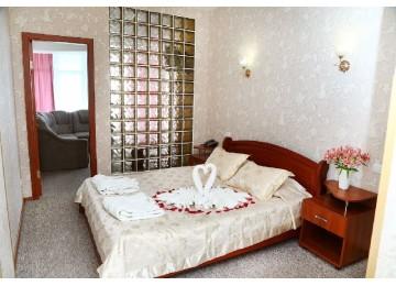 Гостиничный комплекс «Majestic» / «Маджестик» Люкс  2-местный 2-комнатный