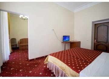 Парк-отель Романова Полулюкс 2-местный 2-комнатный