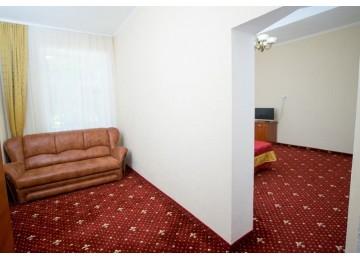 Парк-отель Романова Люкс 2-местный 2-комнатный